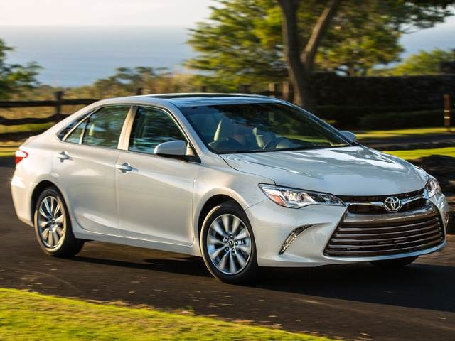 2016 Toyota Camry Xse >> 2016 Toyota Camry Pricing Reviews Ratings Kelley Blue Book
