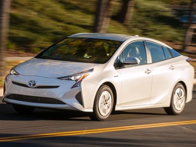 2016 Toyota Prius | Pricing, Ratings, Expert Review | Kelley