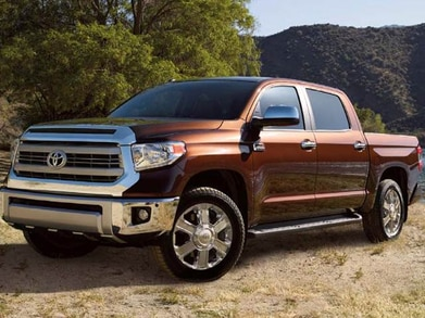 2016 Toyota Tundra Diesel Mpg >> 2016 Toyota Tundra Crewmax Pricing Ratings Expert Review
