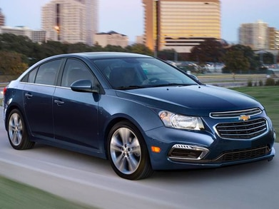 New Chevy Cruze >> 2017 Chevrolet Cruze Pricing Ratings Expert Review Kelley Blue