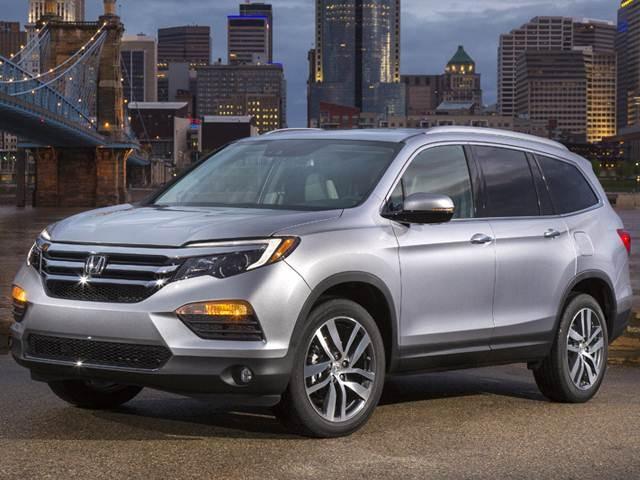 Honda Pilot Exl Vs Touring >> 2017 Honda Pilot Pricing Ratings Expert Review Kelley Blue Book