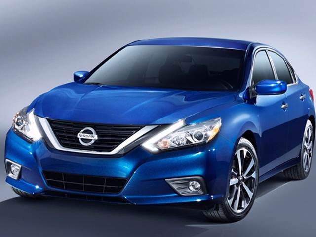 2017 Nissan Altima   Pricing, Ratings, Expert Review