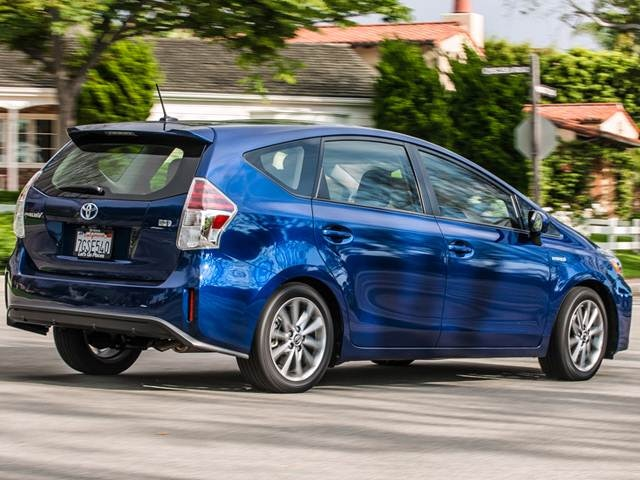 2017 Toyota Prius V Prices Reviews