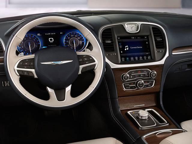 Chrysler 300 Mpg >> 2018 Chrysler 300 Pricing Ratings Expert Review Kelley