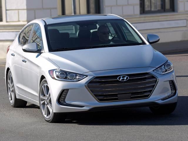 2018 Hyundai Elantra | Pricing, Ratings, Expert Review