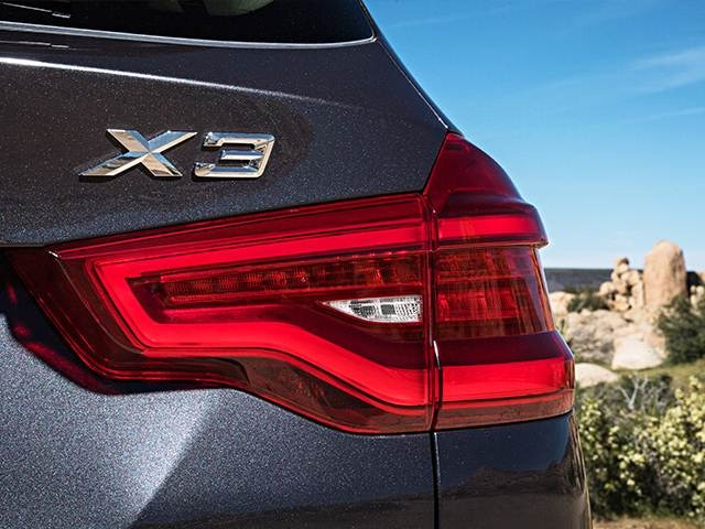 2019 BMW X3 | Pricing, Ratings, Expert Review | Kelley Blue Book