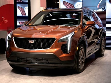 2020 Cadillac XT4: Changes, Equipment, Specs, Price >> 2019 Cadillac Xt4 Pricing Ratings Expert Review Kelley Blue Book