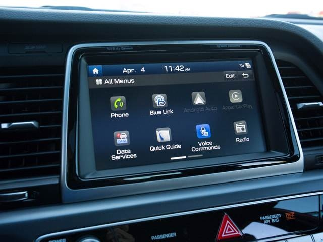 2019 Hyundai Sonata | Pricing, Ratings, Expert Review | Kelley Blue Book