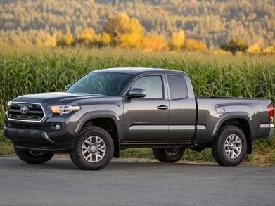 2019 Toyota Tacoma Access Cab | Pricing, Ratings, Expert