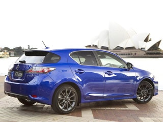 Functionally The 2017 Lexus Ct 200h F Sport Retains Standard Issue Hybrid Train Setup That Makes 134 Combined Horses And Drives Front Wheels