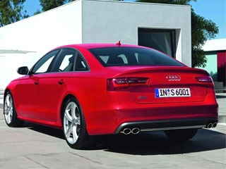 2012 audi s6 sedanavant frankfurt auto show kelley blue book the biggest change to the 2012 audi s6 is found under the hood where the 52 liter naturally aspirated v10 from its predecessor has been replaced by a sciox Images
