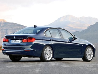 BMW Series Sedan Unveiled Kelley Blue Book - 2012 bmw 335i sedan