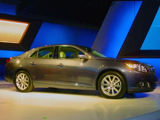 2013 Chevrolet Malibu (w/video) - 2011 NY Auto Show | Kelley