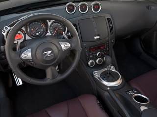 2010 Nissan 370Z Roadster: Now with SynchroRev Match! 3