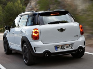 Clearly The Countryman Is A Diffe Animal But Product Lineup Similar To Other Minis It Starts With 2017 Mini Cooper Base Model
