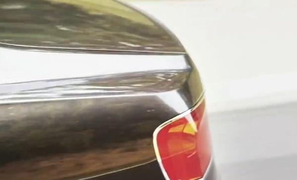 2014-bentley-flying-spur-teaser-pic-taillamp-600-001