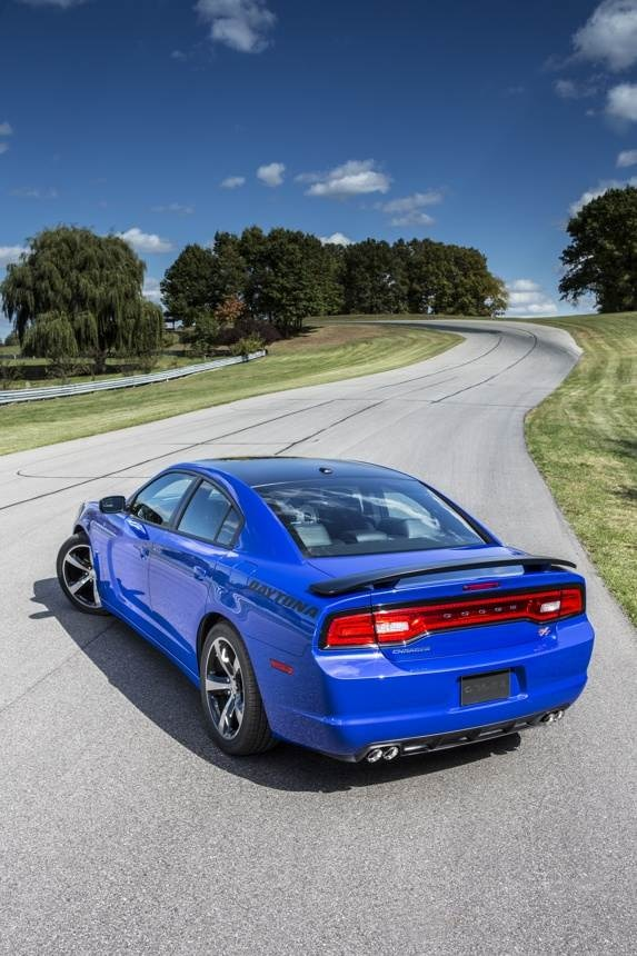 dodge-charger-daytona---la-(10)-600-001