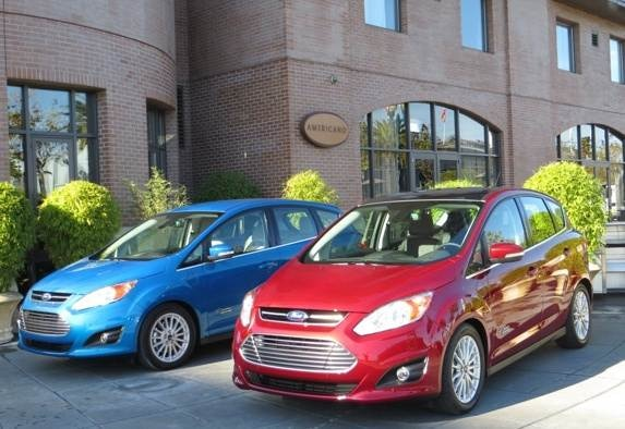 2013-ford-c-max-energi-dual-front-static-sf-3-600-001