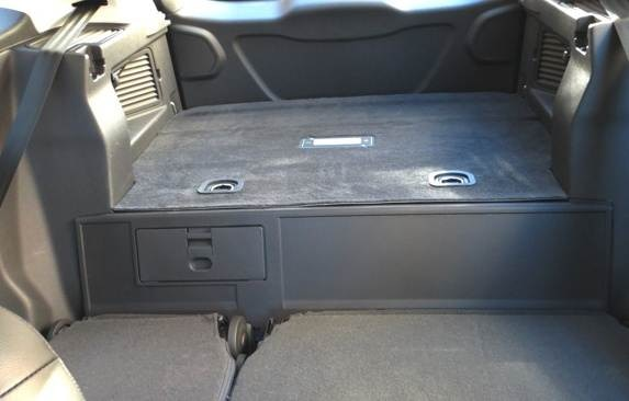 2013-ford-c-max-energi-rear-seat-folded-look-back--battery-pack1-(1)-600-001