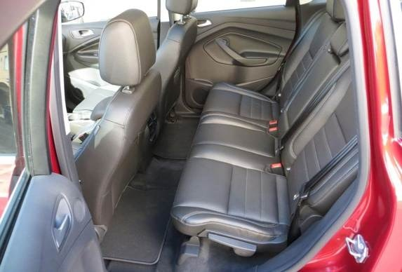 2013-ford-c-max-energi-rear-seat-look-in1-600-001