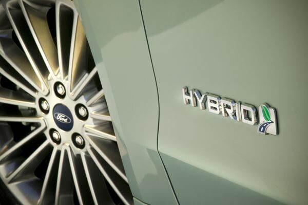 hybrid_badge_1_medium-600-001