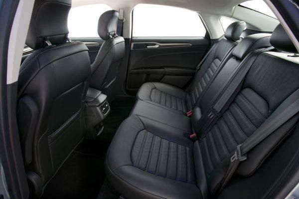hybrid_rear_seats_medium-600-001