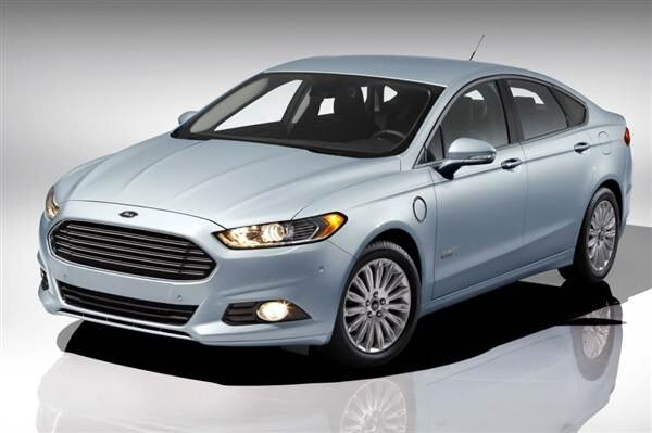 2013-ford-fusion-energi-front-static-600-001