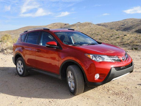2013 toyota rav4 first review the original crossover. Black Bedroom Furniture Sets. Home Design Ideas