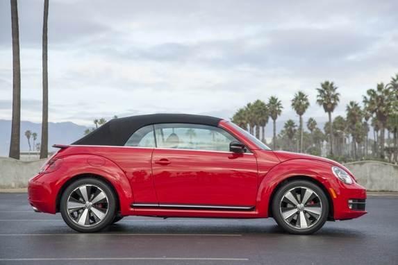 Revealed 2013 Volkswagen Beetle Convertible La 2012