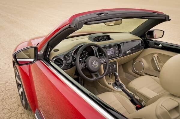 2013-volkswagen-beetle-convertible-600-005