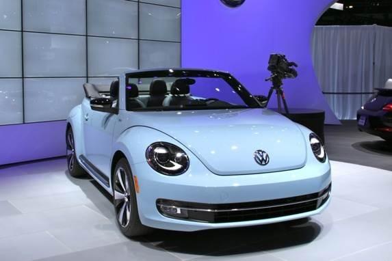 Revealed: 2013 Volkswagen Beetle Convertible - LA 2012 - Kelley Blue Book