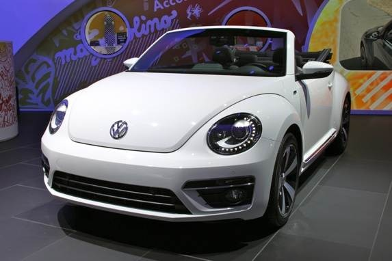 vw-beetle-convertible-15-600-001