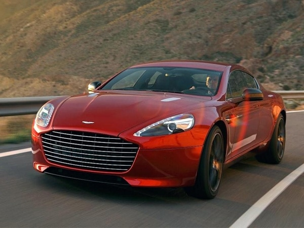2014-aston-martin-rapide-s-front-action2-600-001