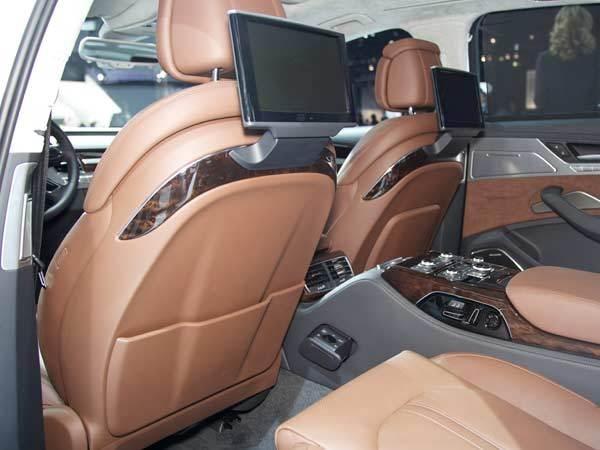 audi-a8-interior-rear-600-600-001