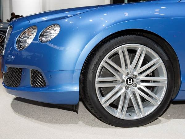 bentley-gt-convertible-(1)-600-001