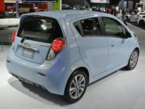 chevy-spark-ev-rear-600-600-001