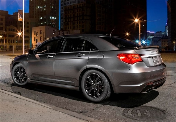 revealed 2013 5 chrysler 200 s special edition new york. Black Bedroom Furniture Sets. Home Design Ideas