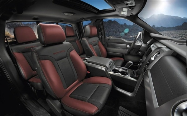 2014-ford-f150-raptor-overall-interior-600-001
