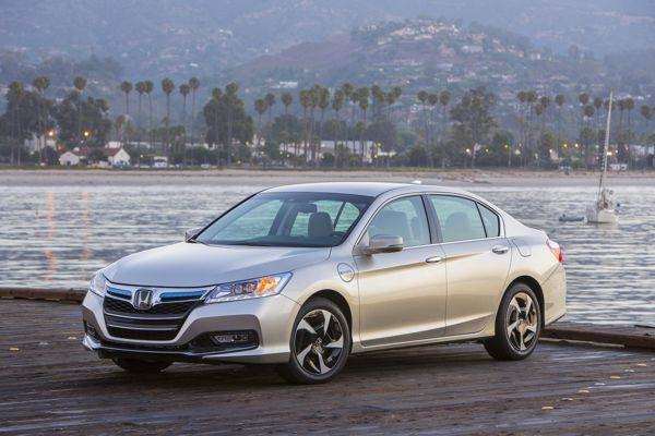 Although It Wonu0027t Arrive Until Early Next Year, The 2014 Honda Accord  Plug In Hybrid Sedan Will Be The Most Ambitious Variation On The Platform  Theme And ...
