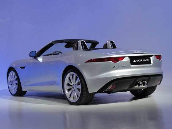 jag-f-type-rear-600-001