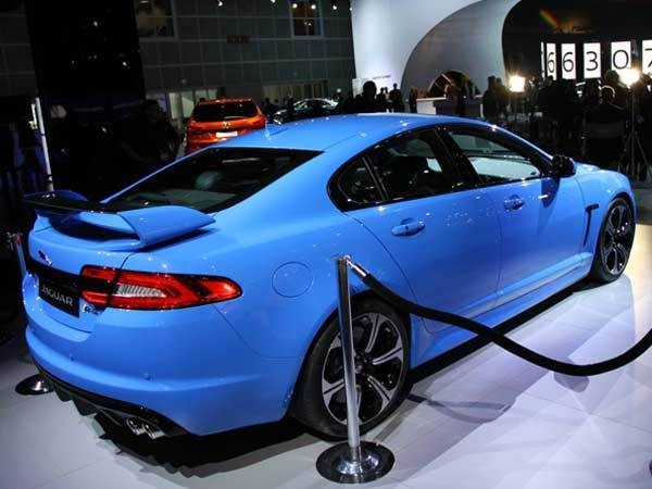 2014-jaguar-xfr_s-rear-show-600-600-001