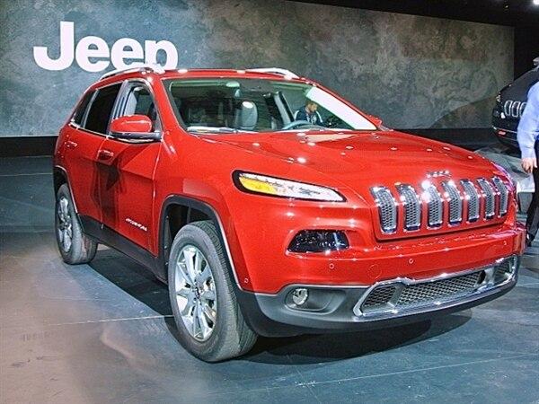 Revealed: 2014 Jeep Cherokee - New York 2013
