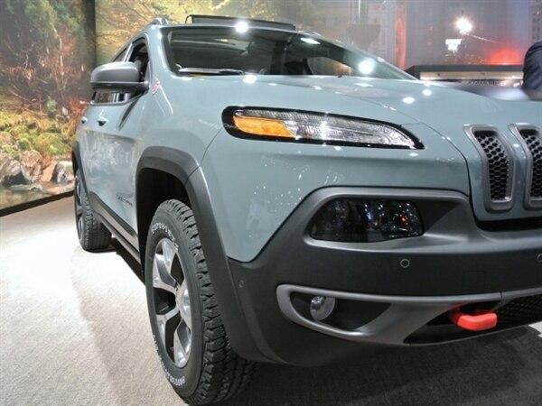 Revealed: 2014 Jeep Cherokee - New York 2013 8