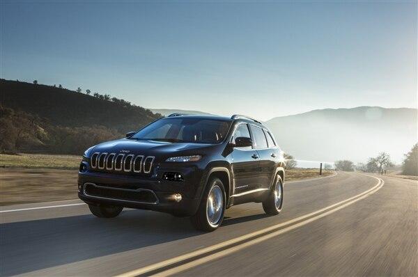 Revealed: 2014 Jeep Cherokee - New York 2013 59