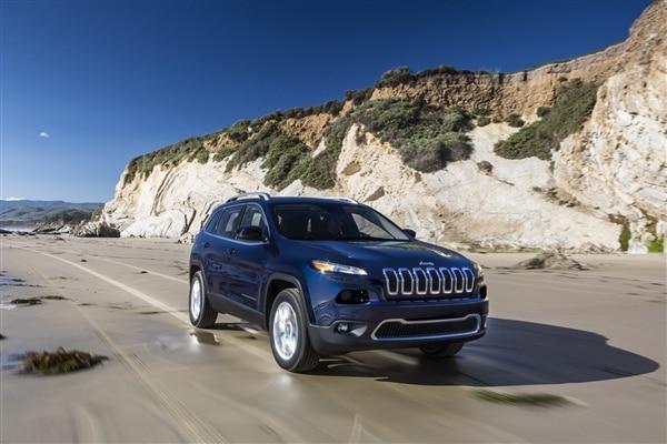 Revealed: 2014 Jeep Cherokee - New York 2013 16