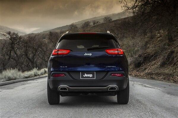 Revealed: 2014 Jeep Cherokee - New York 2013 65