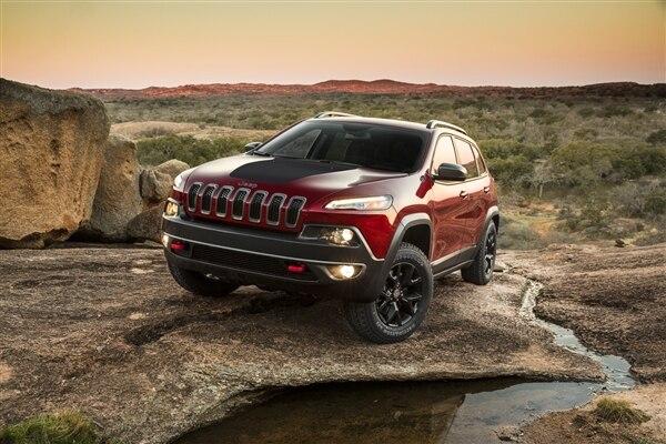 Revealed: 2014 Jeep Cherokee - New York 2013 32