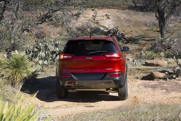 Revealed: 2014 Jeep Cherokee - New York 2013 47
