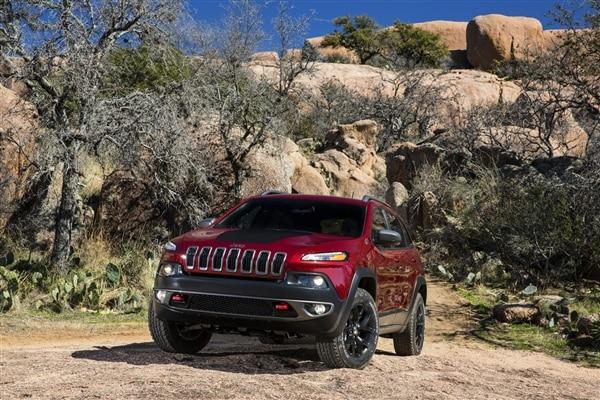Revealed: 2014 Jeep Cherokee - New York 2013 51