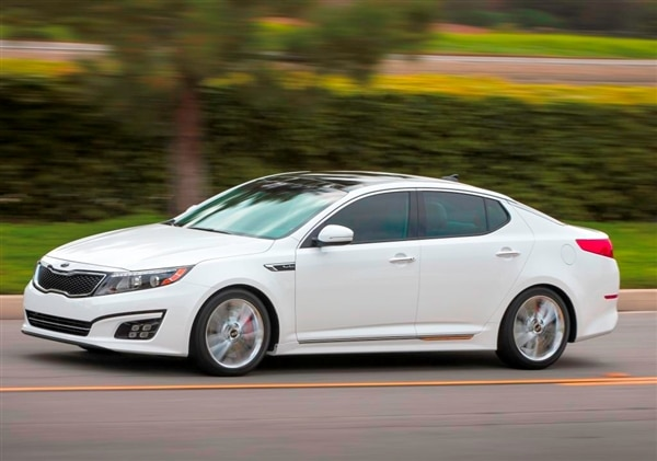 2014-kia-optima-sxl-action-profile-600-001
